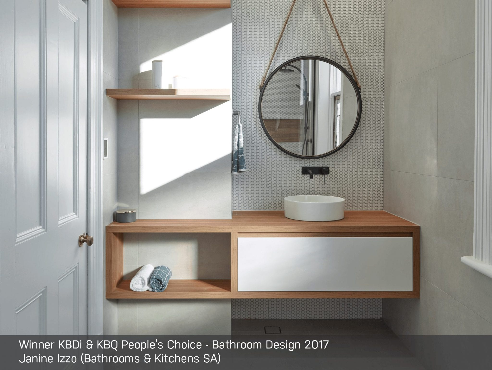 Peoples Choice_Bathroom_Izzo_Credited