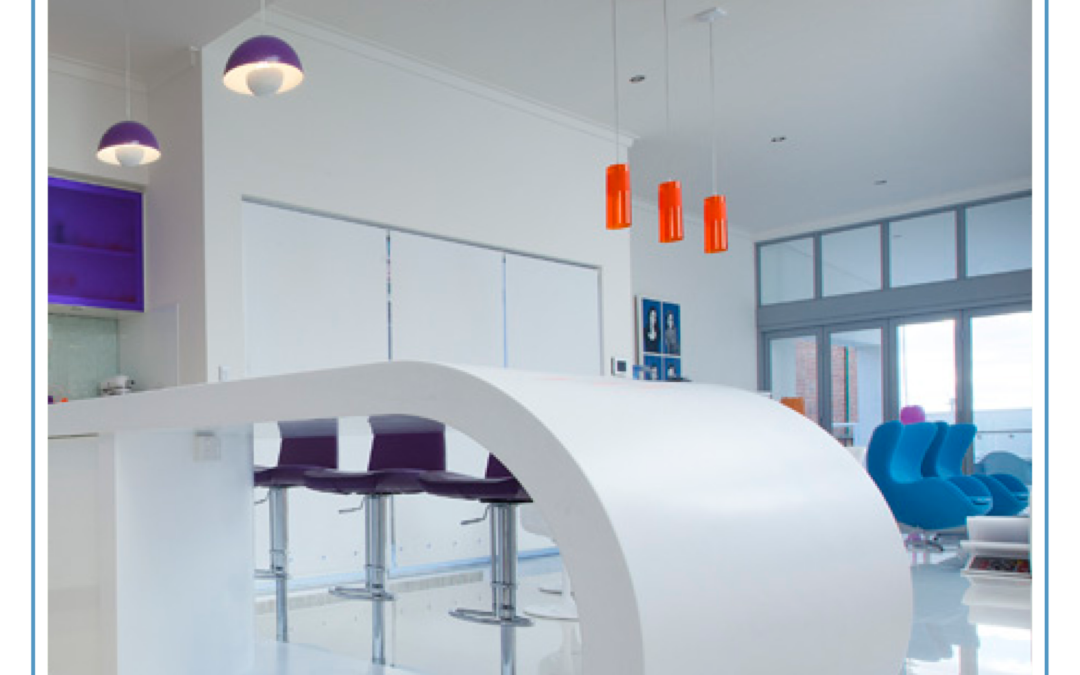 Smooth curves with Staron Solid Surfaces